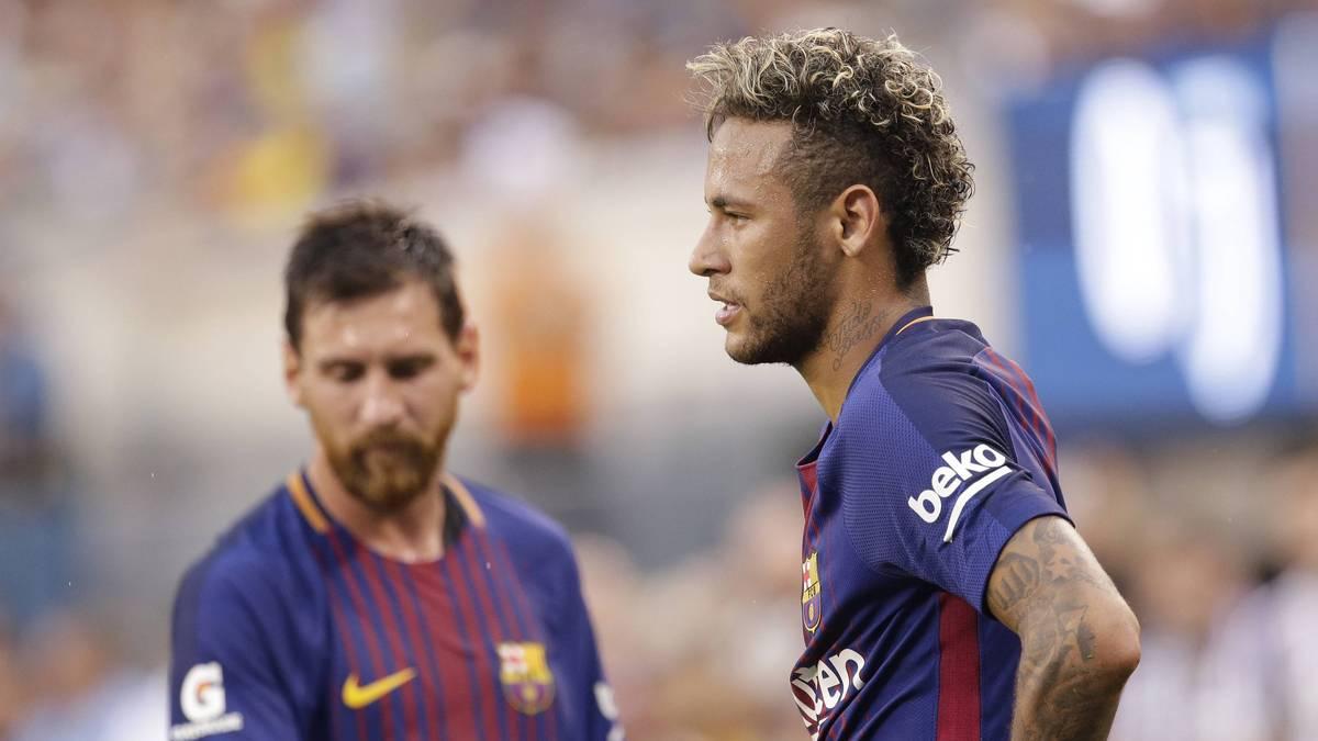 Lionel Messi hat sich erneut zu seiner Zukunft und zu einer möglichen Wiedervereinigung mit Kumpel Neymar geäußert.