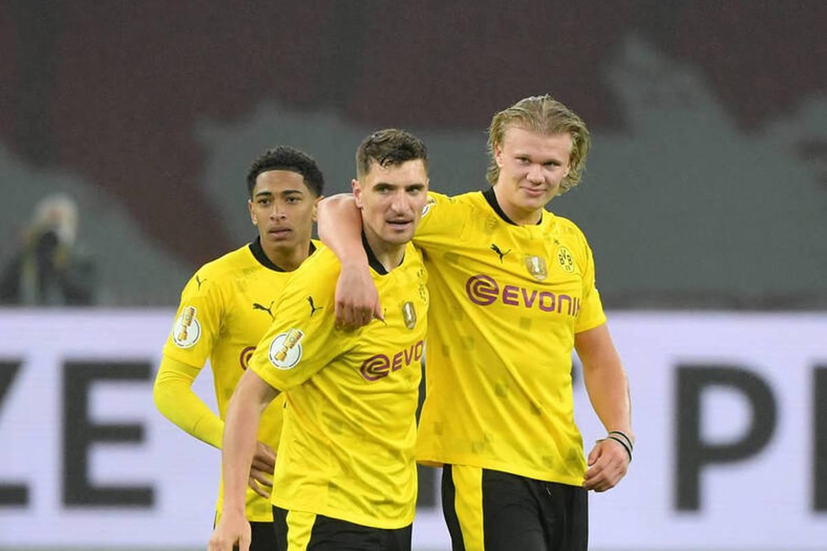 Beim Spiel gegen Union Berlin widmet Marco Rose einem Spieler eine besondere Geste.