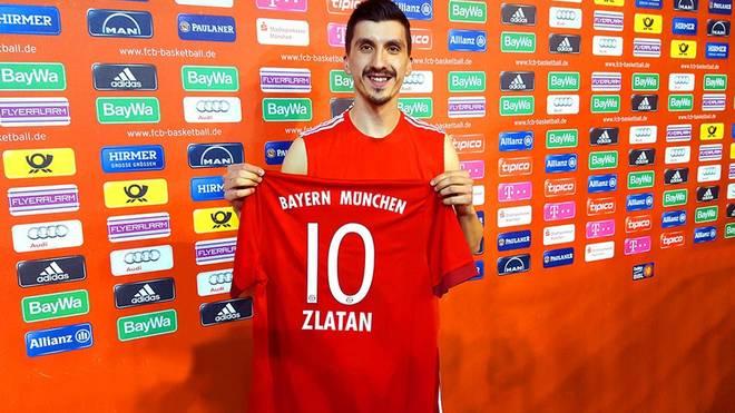Dieses Foto twitterten die Basketballer des FC Bayern