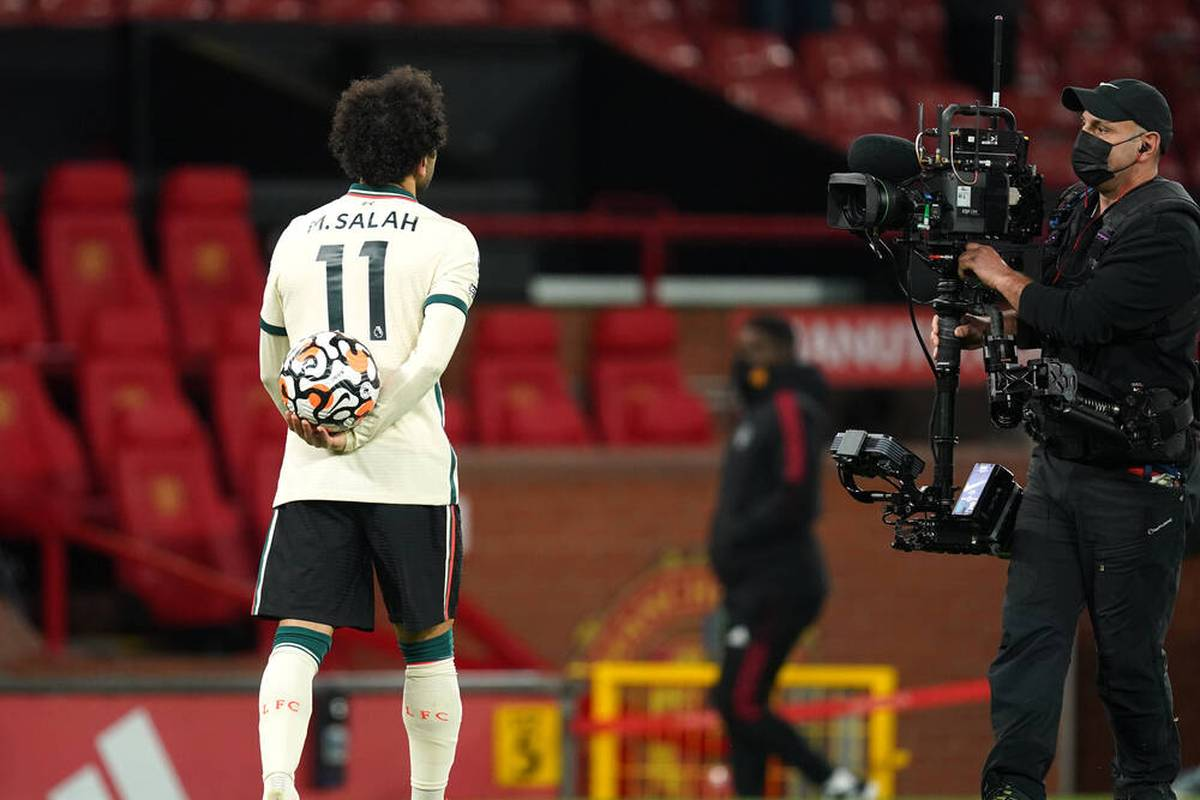 Mo Salah zeigt gegen Manchester United einmal mehr, dass er aktuell wohl der beste Fußballer der Welt ist. Doch wie sieht seine Zukunft aus?