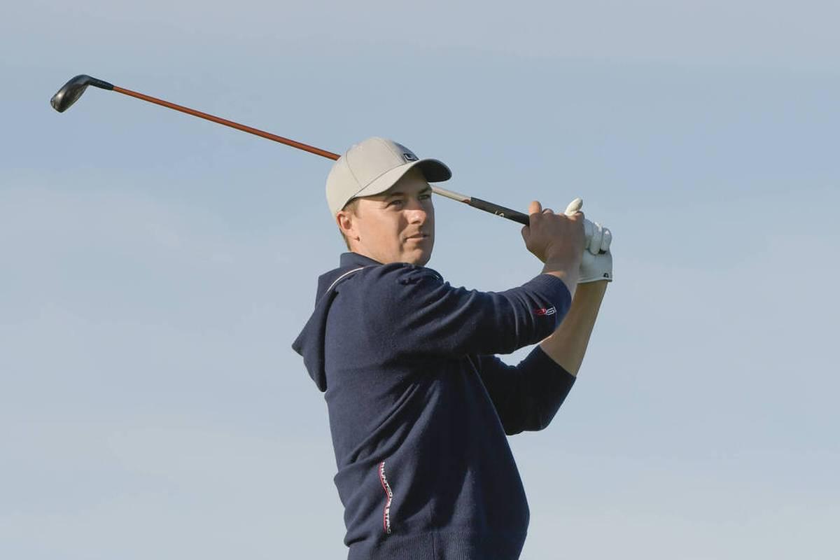 Jordan Spieth verliert sein Match gegen das europäische Duo Jon Rahm und Sergio Garcia. Aber mit seinem Schlag an Loch 17 verblüfft er die komplette Golfwelt.