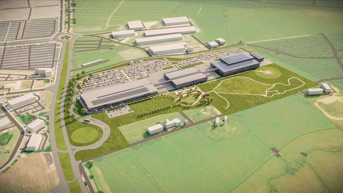 Aston Martin greift mit einer neuen Fabrik an