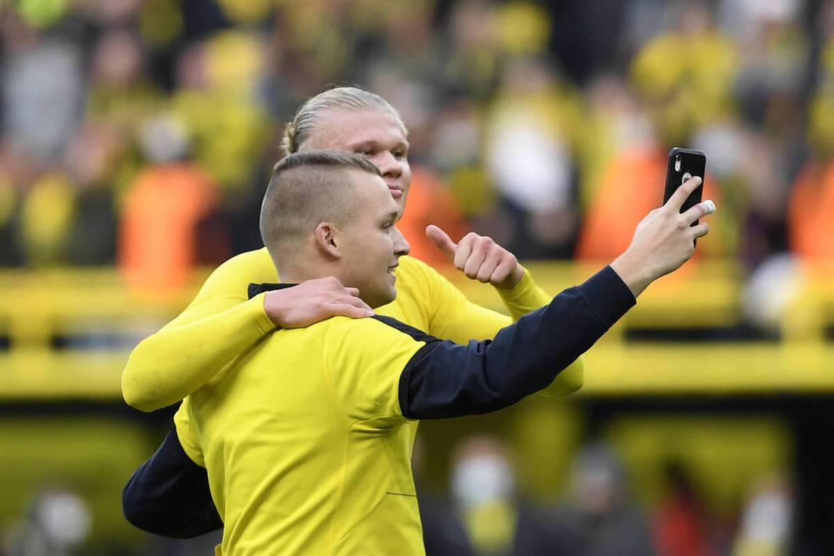 Ein Flitzer sorgte beim BVB für Furore. Jetzt verrät er, was ihm Erling Haaland sagte - und spricht über eine drohende Strafe.