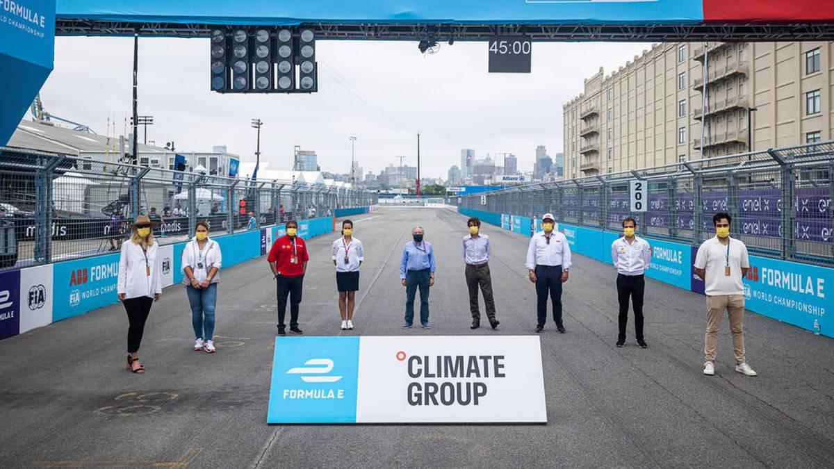 Jean Todt (Mitte) ist als FIA-Präsodent ständiger Gast in der Formel E