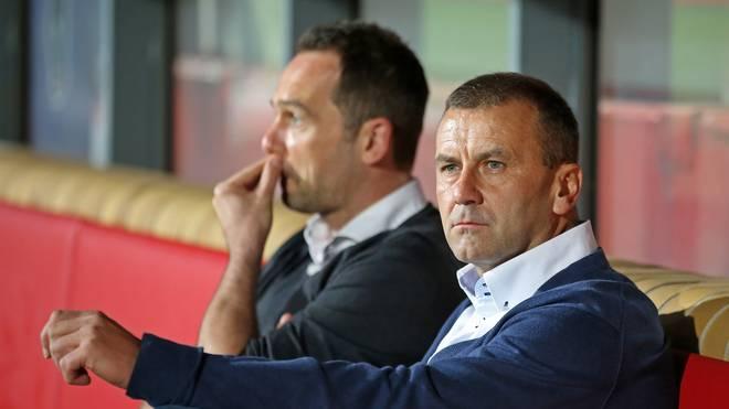 Boris Notzon (links) bleibt Sportdirektor beim 1. FC Kaiserslautern
