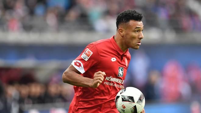 Karim Onisiwo fällt beim FSV Mainz nach einer Schulter-OP lange aus