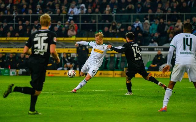 Der Führungstreffer von Oscar Wendt gegen den FC Augsburg hätte laut Drees nicht zählen dürfen