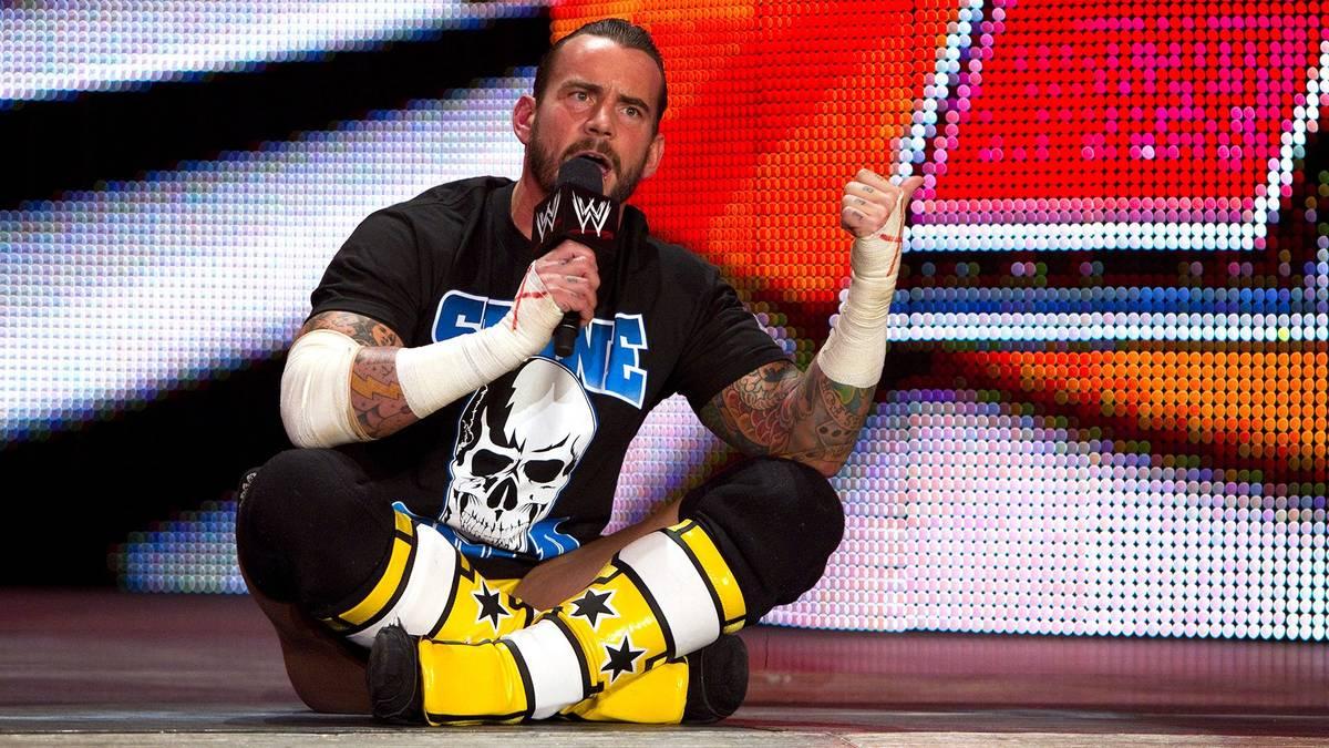 """CM Punk bei seiner legendären """"Pipe Bomb"""" bei WWE 2011"""