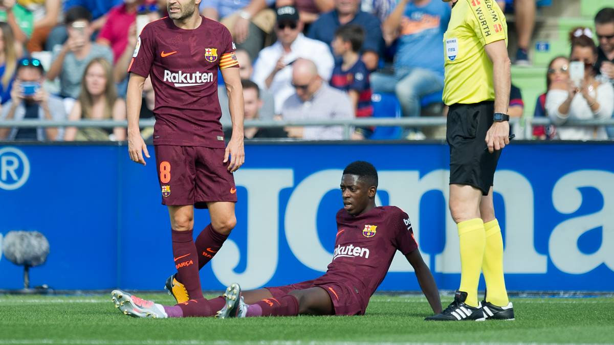 Ousmane Dembele of FC Barcelona verletzt sich schwer und fällt rund vier Monate aus