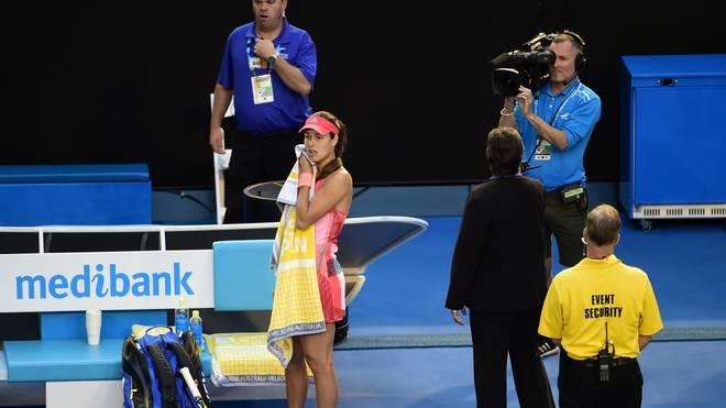 Ana Ivanovic während der Behandlungspause für ihren Coach