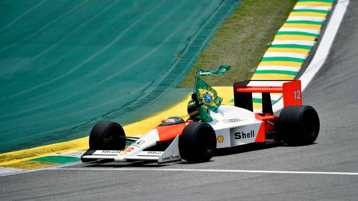 Bruno Senna, the nephew of the late Brazilian driver Ayrton Senna, powers the latter's McLaren during a tribute before the start of the F1 Brazil Grand Prix, at the Interlagos racetrack in Sao Paulo, Brazil on November 17, 2019. (Photo by Douglas Magno / AFP) (Photo by DOUGLAS MAGNO/AFP via Getty Images)