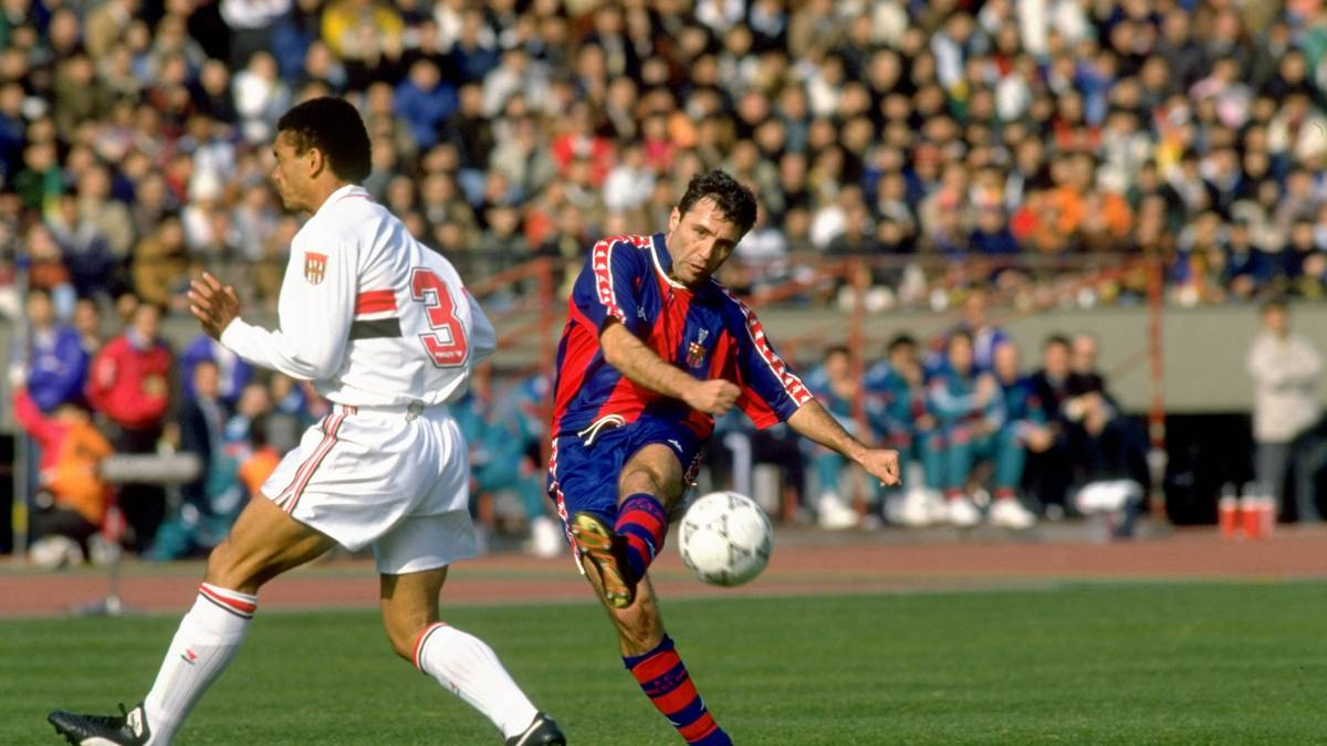 13 Dec 1992:  Hristo Stoichkov (right) of Barcelona and Adilson of Sao Paulo in action during a Toyota European Cup match. Sao Paulo won the match 2-1. \ Mandatory Credit: Shaun  Botterill/Allsport