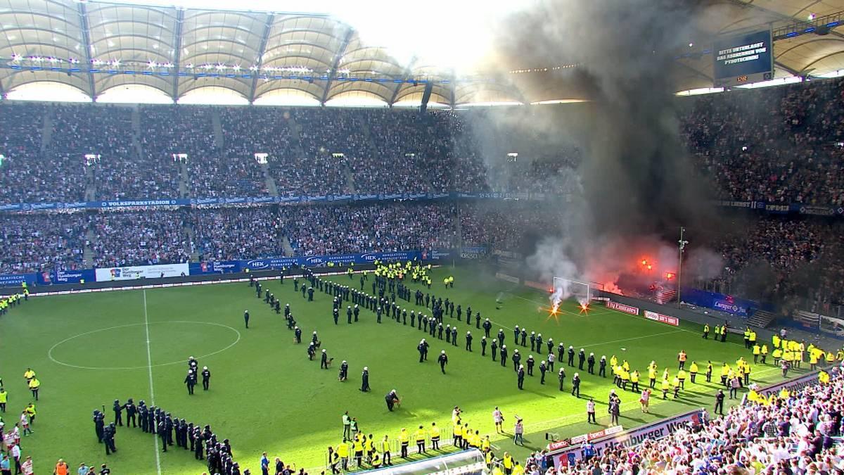 Untergang im Chaos: Als der Bundesliga-Dino ausstarb