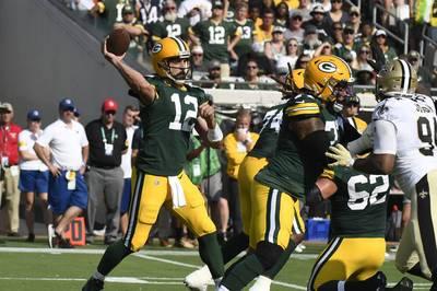 Im ersten Spiel der neuen NFL-Saison kassieren die Green Bay Packers eine krachende Niederlage. Die Performance passt nicht zu den vollmundigen Aussagen von Quarterback Aaron Rodgers.