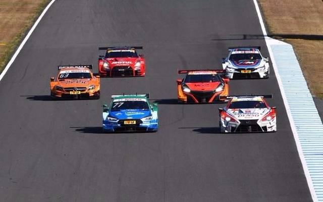 Tolles Bild der sechs Autos von Audi, BMW, Mercedes, Lexus, Honda und Nissan