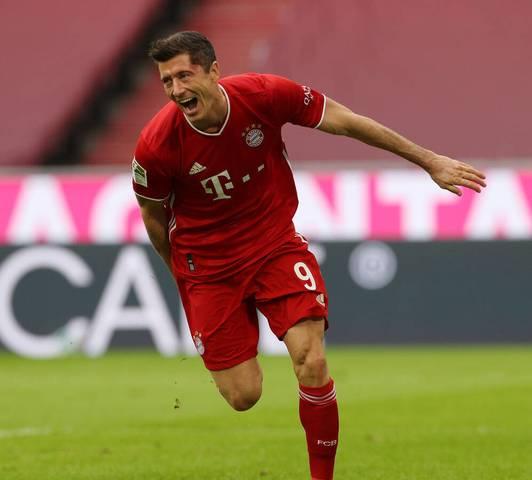 Robert Lewandowski wurde in der vergangenen Spielzeit zum fünften Mal Torschützenkönig der Bundesliga. Der Stürmer des FC Bayern ist daher auch in dieser Saison wieder Topfavorit auf den Titel. Kann ihm in der Spielzeit 2020/21 jemand das Wasser reichen? SPORT1 zeigt die Torjägerliste
