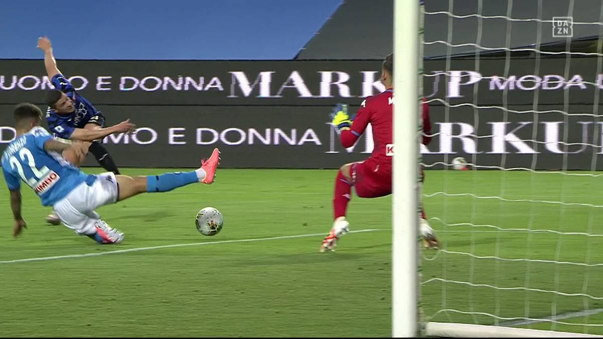 Beim 2:0 gegen Napoli reichen den Hausherren zehn bärenstarke Minuten - spätestens Gosens zieht den Gästen aus Süditalien den Stecker.