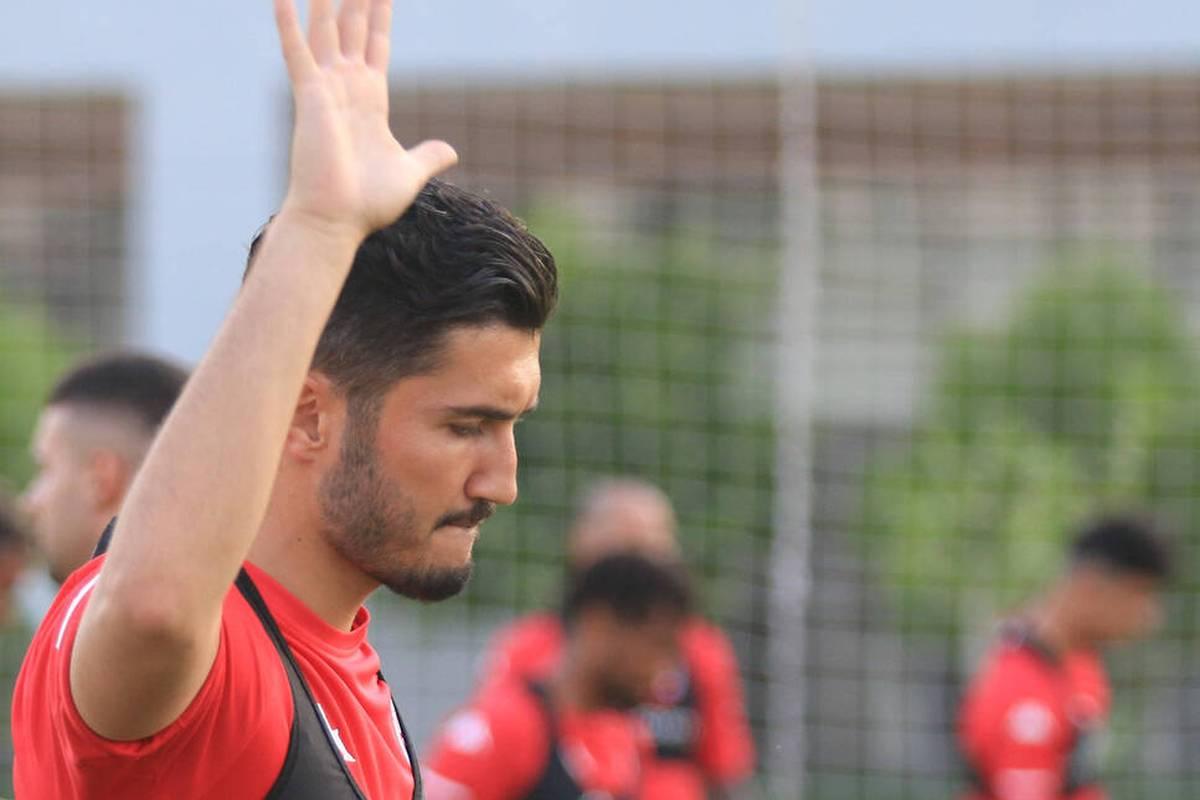 Nuri Sahin beende seine Karriere als Profi-Fußballer. Der Ex-Dortmunder hat nun neue Aufgaben und bereits einen Vertrag über fünf Jahre im neuen Job unterschrieben. Er entscheidet sich gegen eine Rolle als Spielertrainer.