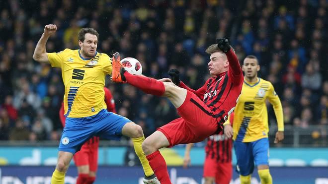 Eintracht Braunschweig v SV Wehen Wiesbaden - 3. Liga