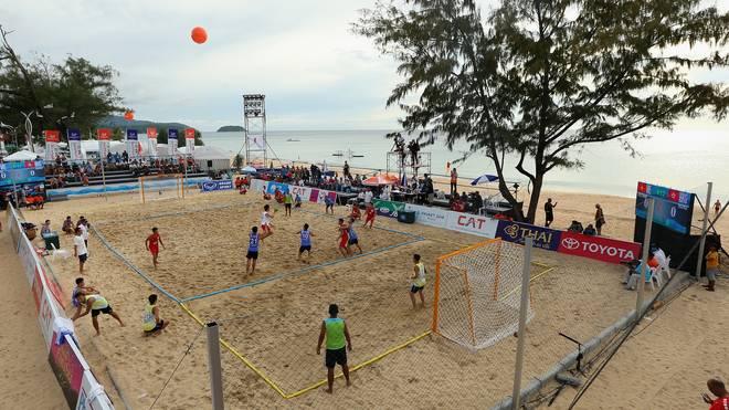 Beachhandball wird auch auf Thailands Ferieninsel Phuket gespielt