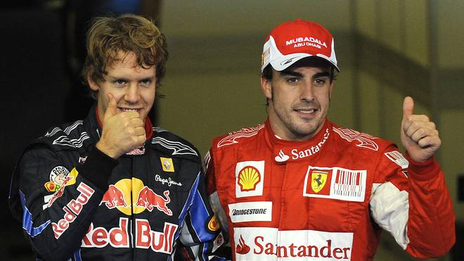 Sebastian Vettel (l.) und Fernando Alonso hätten bei Red Bull Teamkollegen werden können