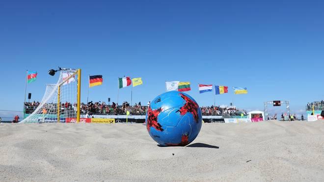 Die deutsche Beachsoccer-Nationalmannschaft ist beim 4-Nationen-Turnier gefordert