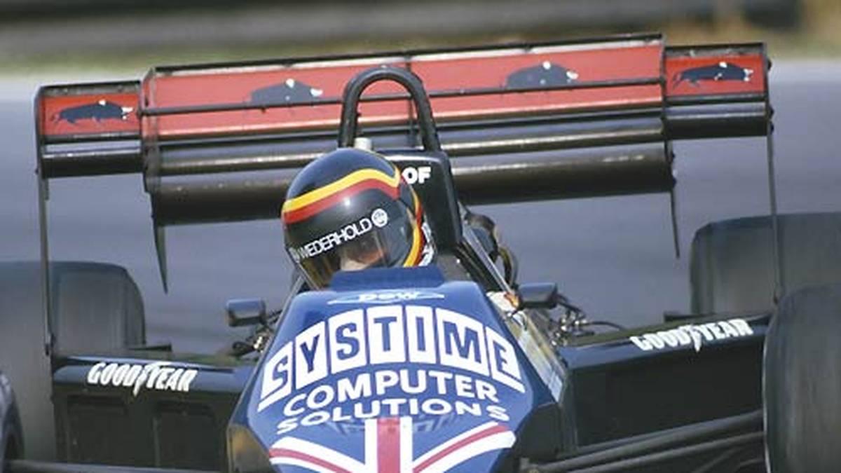 1984: Das Team Tyrell füllt jeweils vor Rennende große Menge Wasser in den Tank, um wieder auf das Minimalgewicht zu kommen.  Da im Wasser ein hoher Blei-Anteil gefunden wird, macht das Gerücht die Runde, das Team habe verbotenerweise Bleikügelchen in den Tank gefüllt. Tyrell wird rückwirkend von der Saison ausgeschlossen