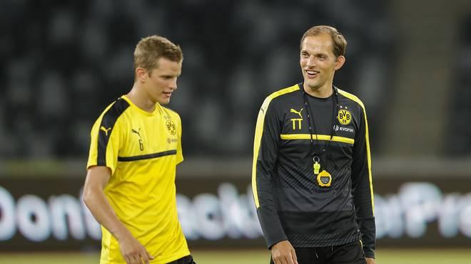 Thomas Tuchel (r.) trainierte Sven Bender bei Borussia Dortmund zwei Jahre lang