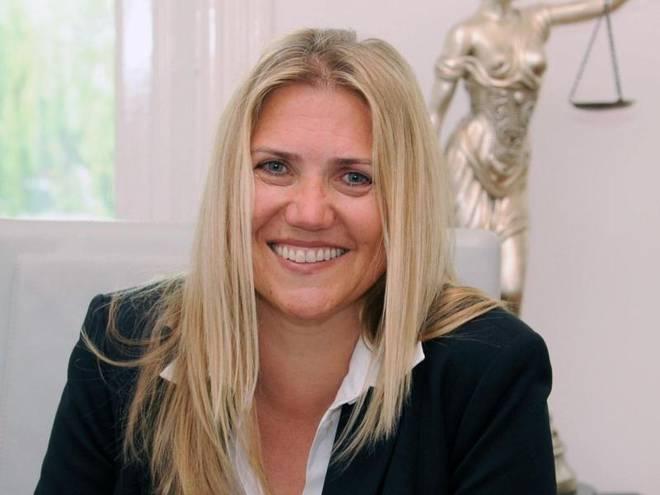 Daniela Mielchen ist Fachanwältin für Verkehrsrecht in Hamburg