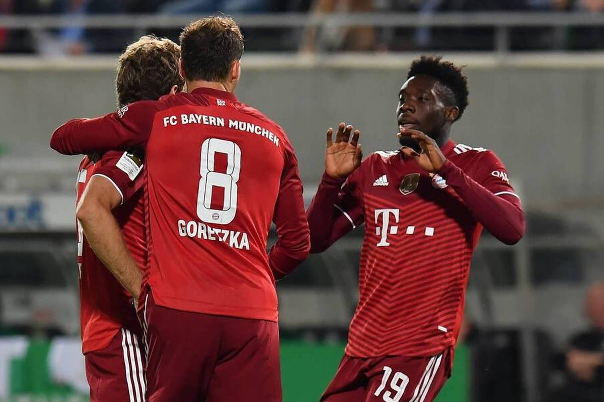 Alphonso Davies fällt gegen Benfica Lissabon aus - der Verteidiger des FC Bayern wird vor dem Duell in der Champions League nicht rechtzeitig fit. Auch ein Mittelfeldspieler fällt aus.