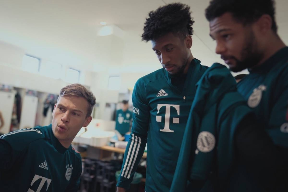 """Wo ist Gnabry?"" Kimmich ärgert Bayern-Kumpel"