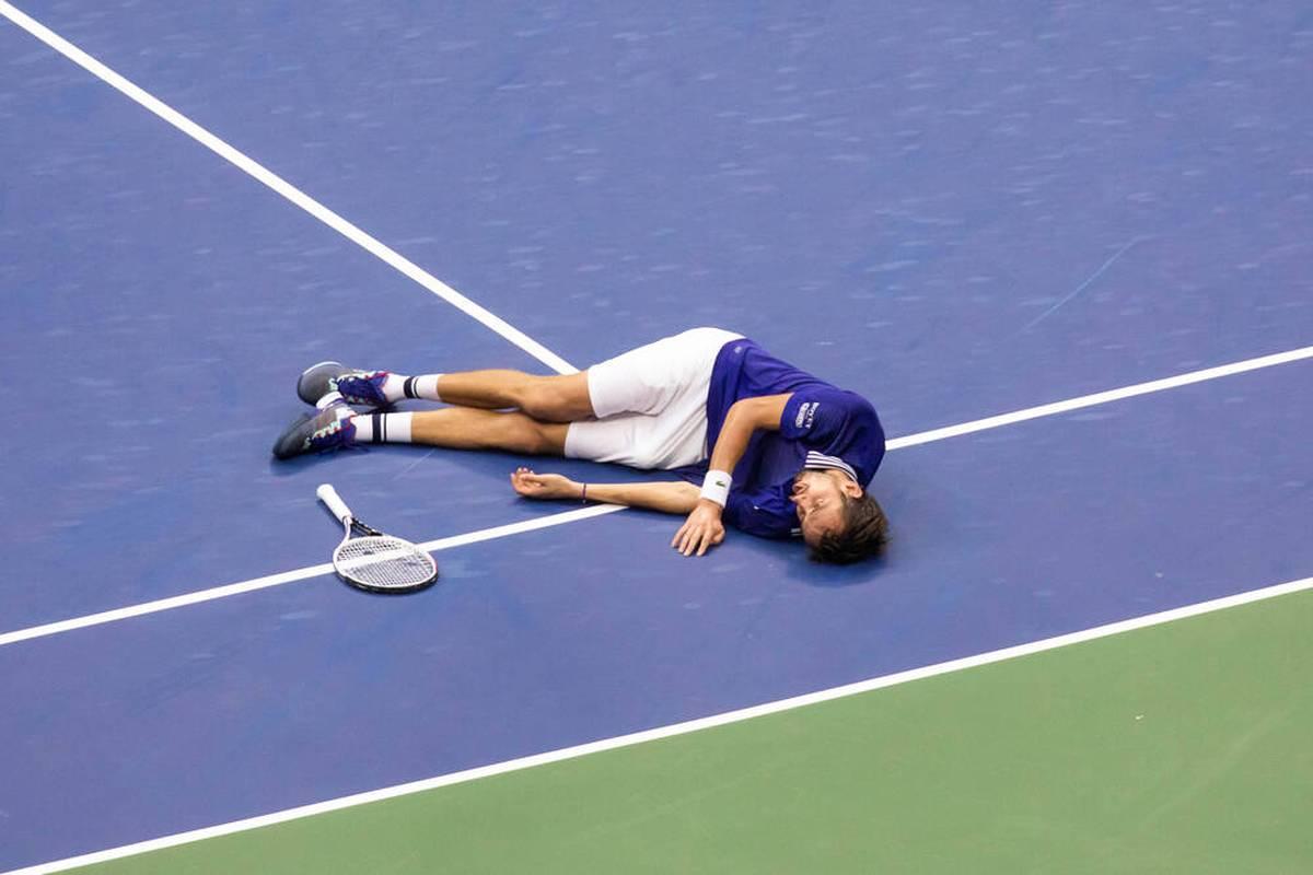 Daniil Medvedev begeistert nach seinem US-Open-Triumph gegen Novak Djokovic die FIFA-Zocker - und verhindert Ärger mit seiner Frau.