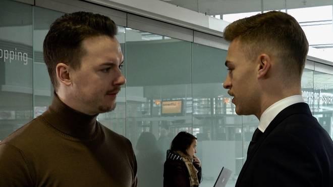 SPORT1-Reporter Florian Plettenberg im Gespräch mit Joshua Kimmich (re.)