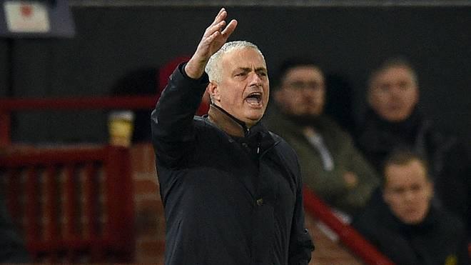 Jose Mourinho will in der neuen Saison an die Seitenlinie zurückkehren