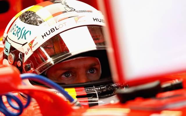 Sebastian Vettel leistete im ersten freien Training einige Verbremser