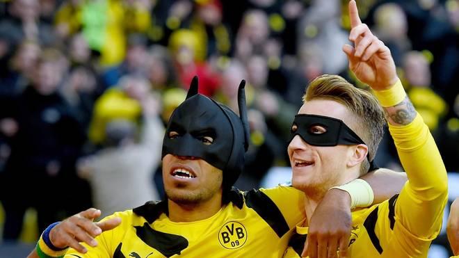 Pierre-Emerick Aubameyang (l.) und Marco Reus jubelten 2015 als Batman und Robin