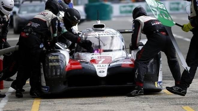 Toyota tauschte beim Not-Boxenstopp den falschen Reifen aus