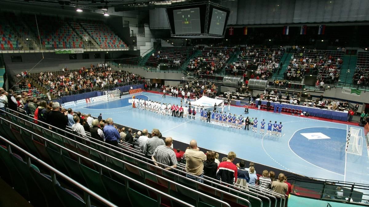 Die USA und Tschechien werden wegen einer Flut von Corona-Fällen nicht an der beginnenden Handball-Weltmeisterschaft in Ägypten teilnehmen. Dies teilten beide Verbände am Dienstag mit.