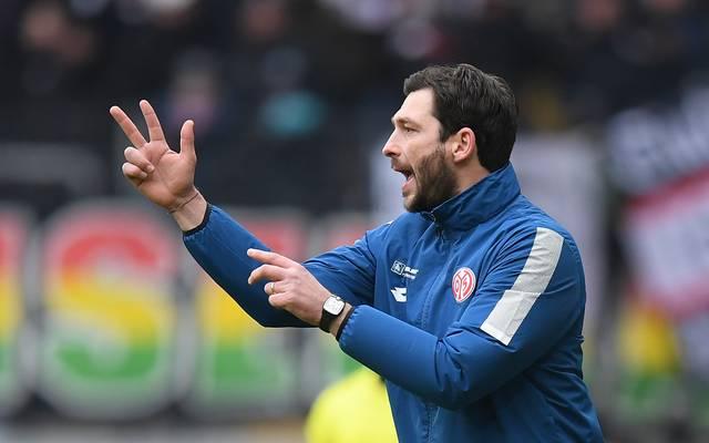 Sandro Schwarz bereitet Mainz 05 auf die anstehende Bundesliga-Saison vor