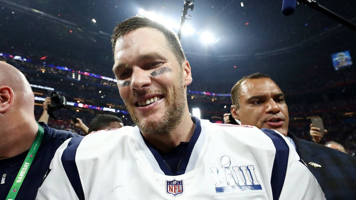 ATLANTA, GEORGIA - FEBRUARY 03:  Tom Brady #12 of the New England Patriots  celebrate the teams 13-3 win over the Los Angeles Rams during Super Bowl LIII at Mercedes-Benz Stadium on February 03, 2019 in Atlanta, Georgia. (Photo by Al Bello/Getty Images)