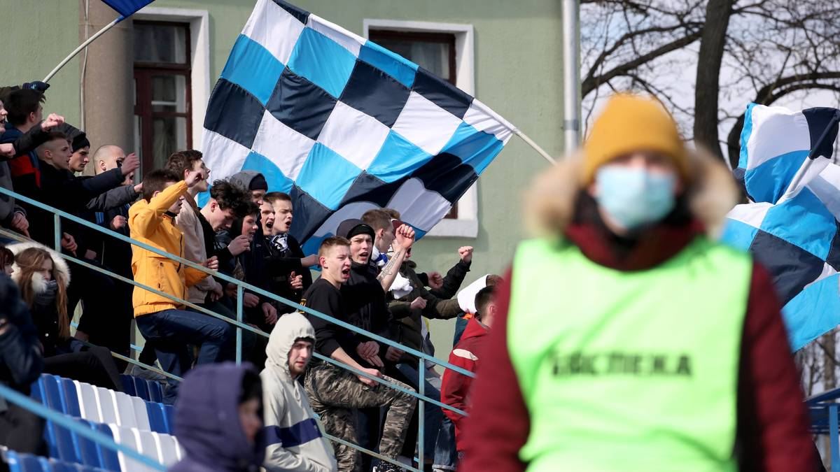 Auch in Weißrussland rollt der Ball noch