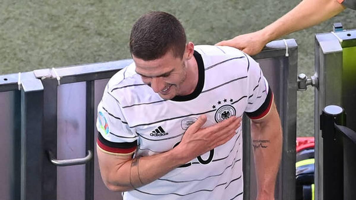 Robin Gosens darf sich nach seinem Auftritt gegen Portugal feiern lassen