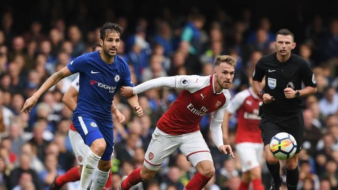 Der FC Chelsea (l.: Cesc Fabregas) und der FC Arsenal (r.: Aaron Ramsey) sind am Mittwoch im Pokal gefordert