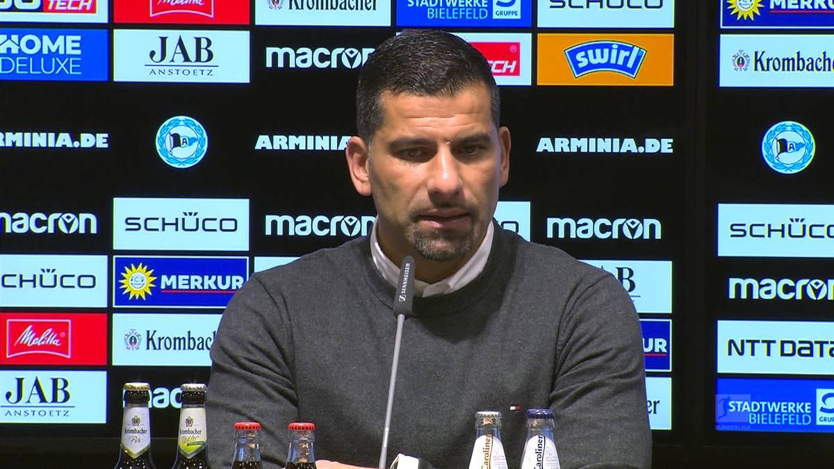 Der Abstieg von Schalke 04 ist besiegelt. Nach dem Spiel richtet Trainer Dimitrios Grammozis emotionale Worte an die Fans - und blickt in die Zukunft.
