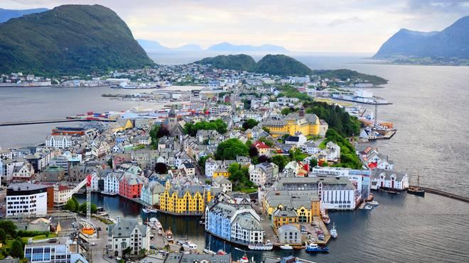Norwegen lockt viele deutsche Urlauber wegen der wunderschönen Landschaft an