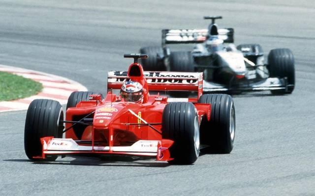 2000 konnte Michael Schumacher das Duell gegen Mika Häkkinen um die Weltmeisterschaft für sich entscheiden