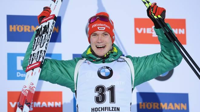 Sport-Tag: Doll in Biathlon-Sprint auf Rang drei, Darts-WM, FCN-Wolfsburg