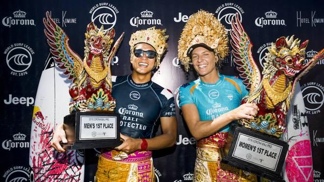 WSL: Steph Gilmore und Kanoa Igarashi gewinnen Corona Bali Protected 2019