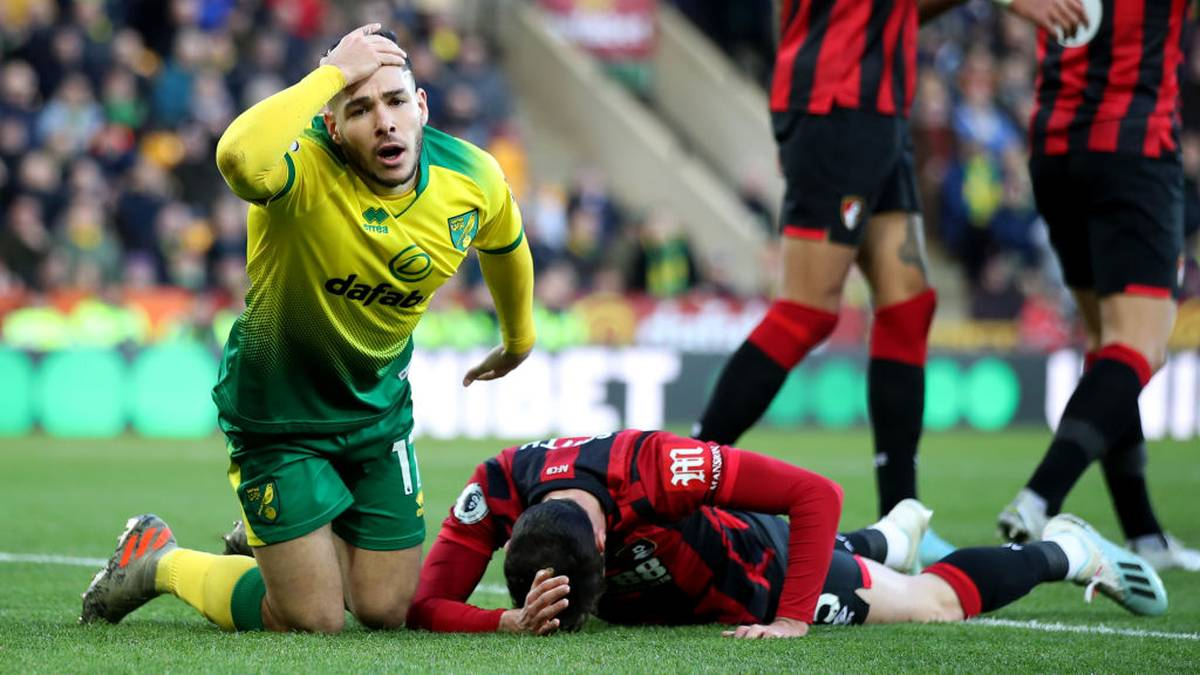 NORWICH, ENGLAND - JANUARY 18: Emi Buendia of Norwich City reacts during the Premier League match between Norwich City and AFC Bournemouth  at Carrow Road on January 18, 2020 in Norwich, United Kingdom. (Photo by Marc Atkins/Getty Images)