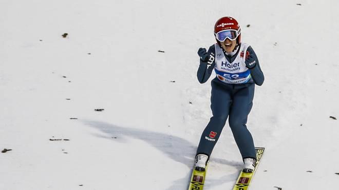 Katharina Althaus darf sich über den nächsten Podestplatz freuen